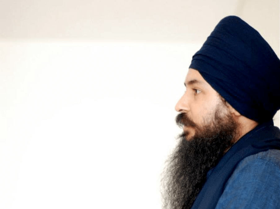 12b5c34db7e Interview with Yogi Amandeep Singh  Igniting the Light of Our Consciousness