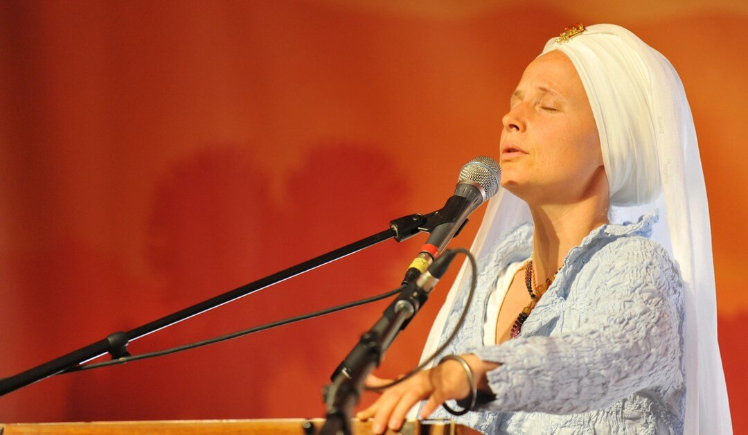 Snatam Kaur at Sat Nam Fest Joshua Tree in April!